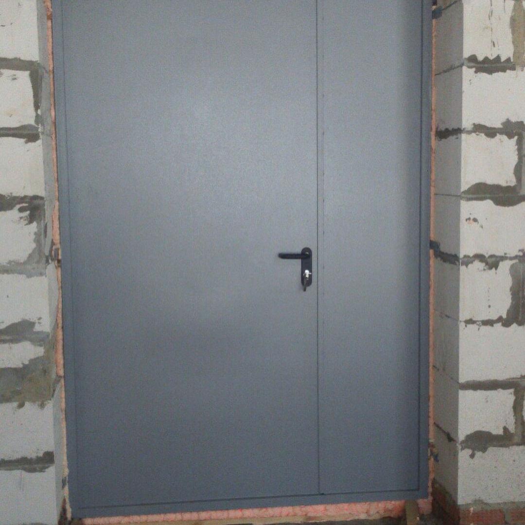 заказать нестандартную металлическую дверь